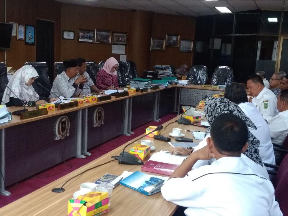 Ngadu Ke Dewan, 136 Eks Karyawan CPI Tuntut Pembayaran ...